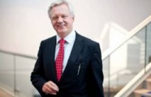 <strong>Audio:</strong> MP David Davis discusses The Queen's visit to Northern Ireland on BBC Radio Humberside