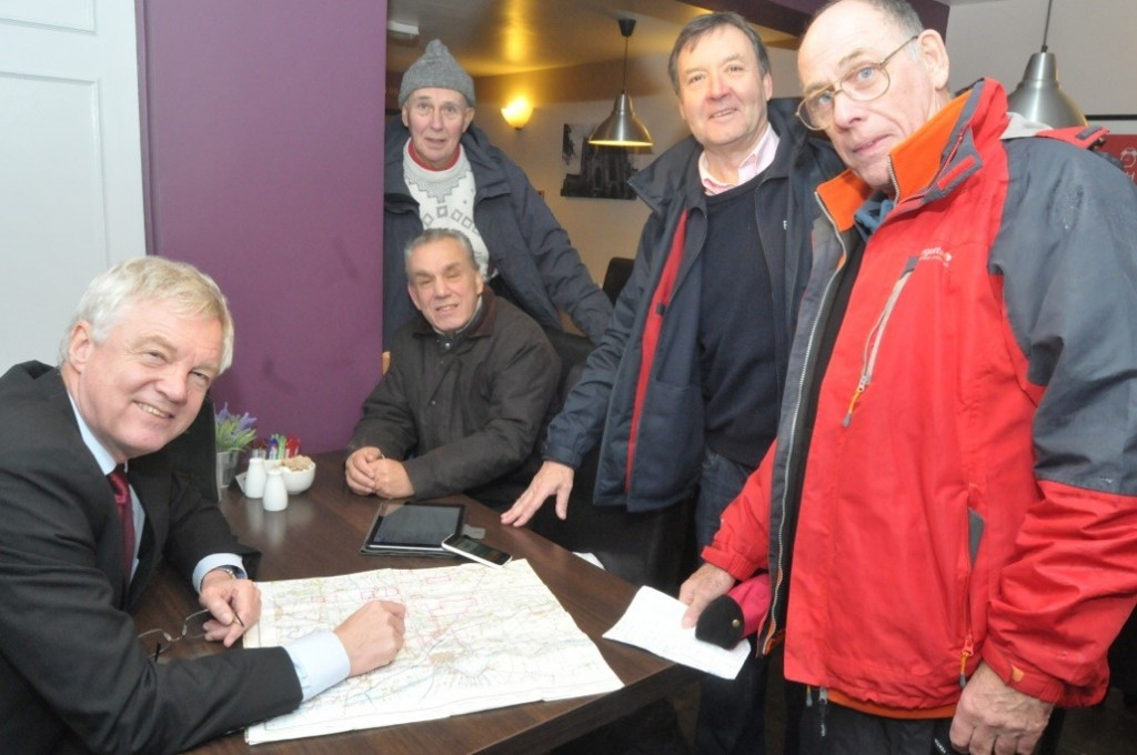 DD meets with local ramblers - Goole Times 17 December