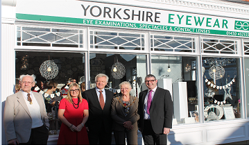 David Davis MP opens Yorkshire Eyewear in Howden